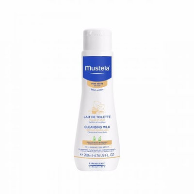 Mustela® Cleansing Milk