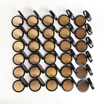 bareMinerals barePRO® Performance Wear Pressed Powder Foundation