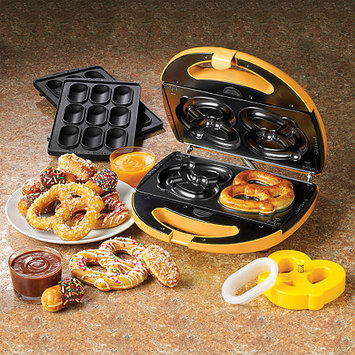 Nostalgia Electrics 2-in-1 Soft Pretzel & Nugget Maker