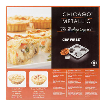 Taylor Gifts Chicago Metallic Pot Pie Pan with Dough Cutter