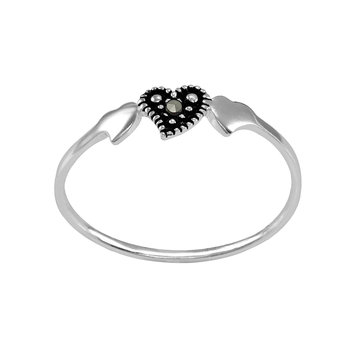 itsy bitsy Sterling Silver Triple-Heart Marcasite Ring