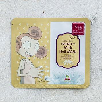 Sally's Box Friendly Milk Nail Mask