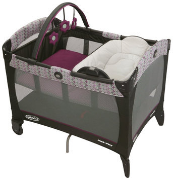 Graco Pack 'N Play Playard with Reversible Napper & Changer Nyss
