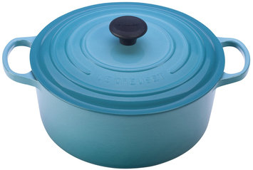 Le Creuset Signature Round French Oven in Caribbean