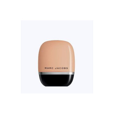 MARC JACOBS Shameless Youthful Look Foundation