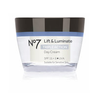 No7 Lift & Luminate TRIPLE ACTION Day Cream