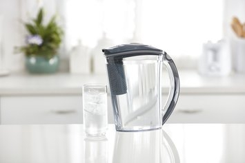 NEW Brita Stream Rapids Water Filtration System