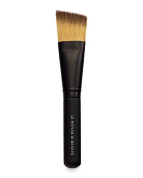 Le Metier de Beaute Angled Foundation Brush