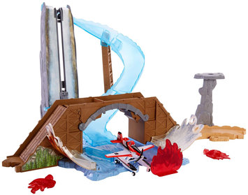 Planes Fire & Rescue Waterfall Story Set Playset