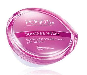 POND's Flawless White Day Cream SPF 18 P++