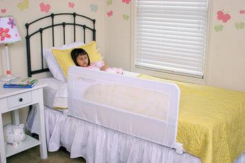Regalo White Guardian Swing Down Bedrail For Baby
