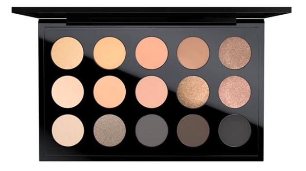 MAC Cosmetics Eye Shadow X 15 In The Flesh
