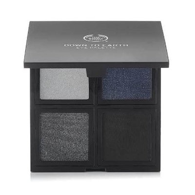 THE BODY SHOP® Down To Earth Eyeshadow Quads