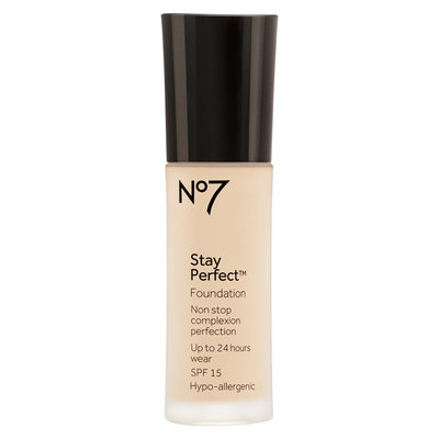 No7 Stay Perfect™ Foundation SPF 15