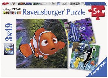 Finding Nemo In the Aquarium Puzzle Pack