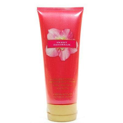 Victoria's Secret Sweet Daydream Ultra Moisturizing Hand And Body Cream