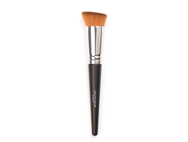 Younique Liquid Foundation Brush