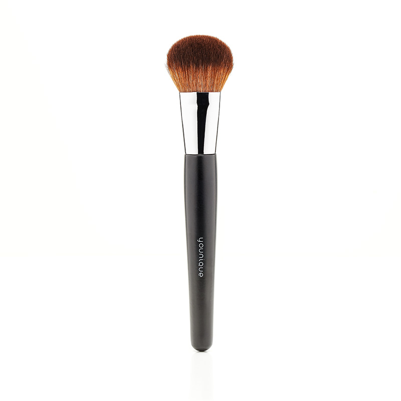 Younique Tapered Blusher Brush