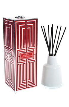 Soziety by Votivo Reed Diffuser Remarkable Red 96ZR