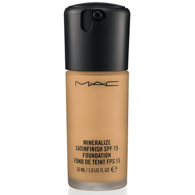 M.A.C Cosmetics Mineralize Satinfinish SPF 15 Foundation