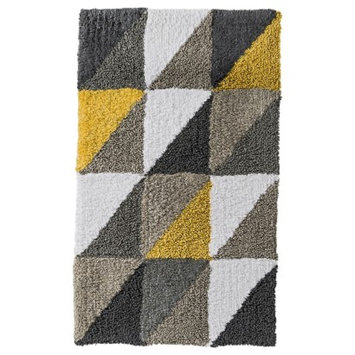Room Essentials Triangle Bath Rug Yellow (20x34)