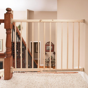 Evenflo 1050C 30-Inch Secure Step Top Of Stairs Gate