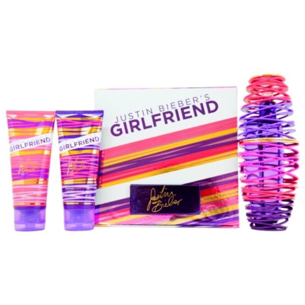 Justin Bieber 's Girlfriend Gift Set