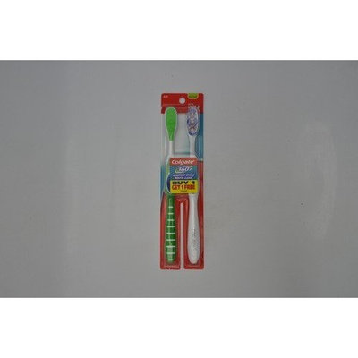 Colgate 360° Toothbrush with Tongue Cleaner, Medium, Full Head, 2-Pack