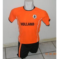 walas CHILDRESN, KIDS BOYS AND GIRLS HOLLAND SOCCER JERSEY SIZE 12 AGES (FOR AGES 10 & 11)