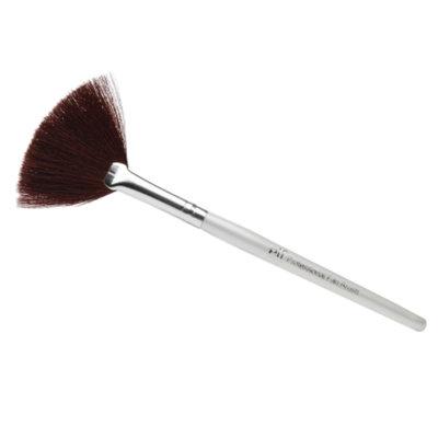 e.l.f. Fan Brush