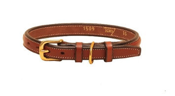 Tory Leather Narrow Square Raised Dog Collar