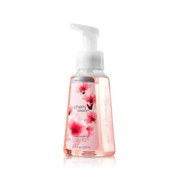 Bath & Body Works Cherry Blossom Anti-bacterial Gentle Foaming Soap 8.75 Fl Oz