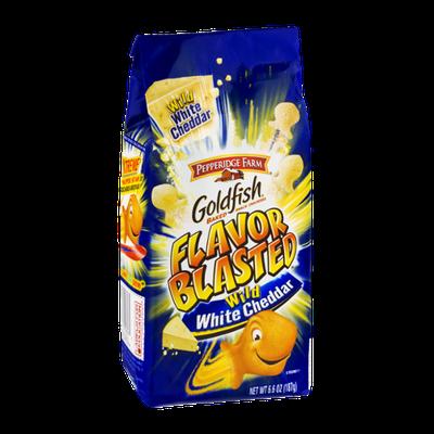 Goldfish® Blasted Wild White Cheddar Snack Crackers
