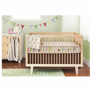 Skip Hop Pretty Pennant Complete Sheet Four Piece Crib Set