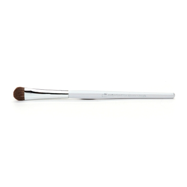 e.l.f. professional Eye Shadow Brush