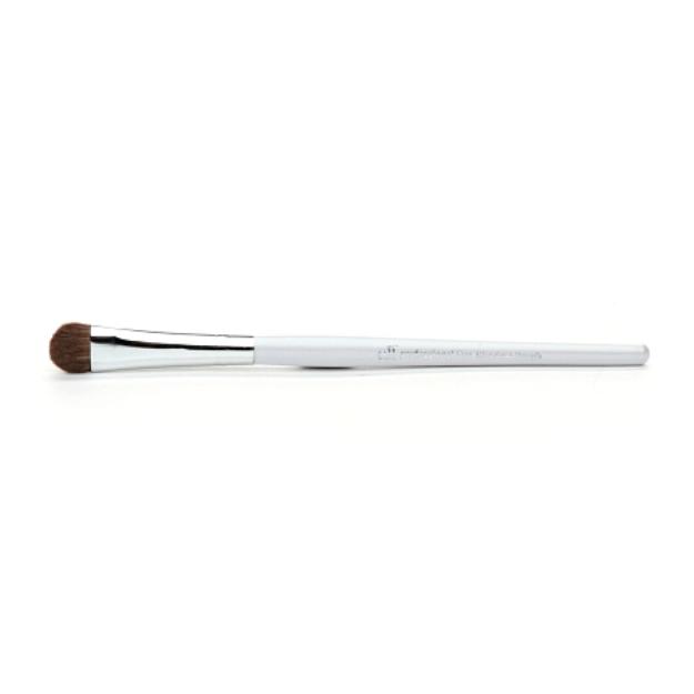 e.l.f. professional Eye Shadow Brush