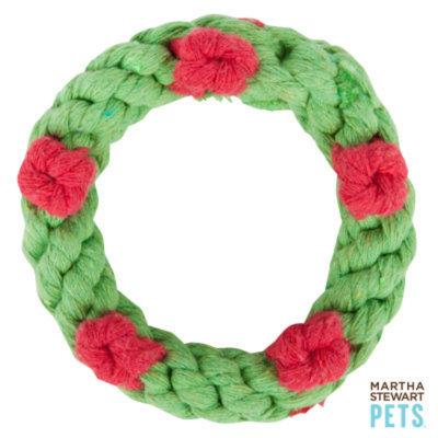 Martha Stewart PetsA Holiday Wreath Dog Toy