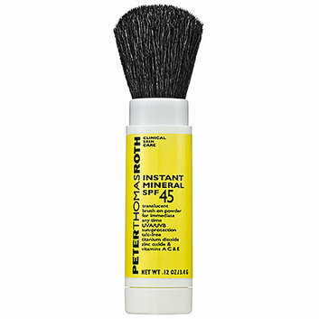 Slide: Peter Thomas Roth Instant Mineral Powder SPF 45