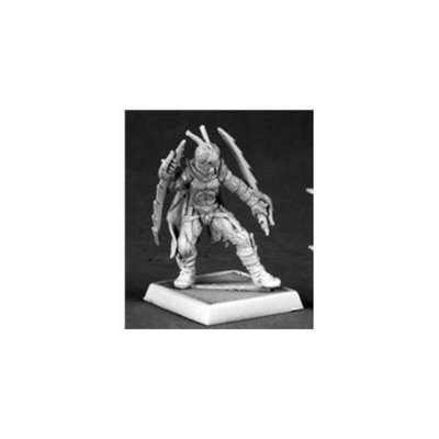 Reaper Miniatures 60049 Pathfinder Series Red Mantis Assassin Miniature