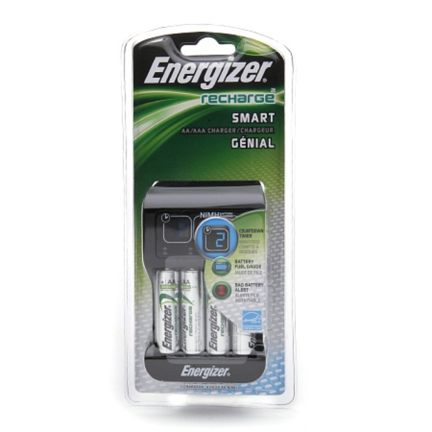 Energizer Recharge Smart AA/AAA Charger with 4 AA Batteries Included
