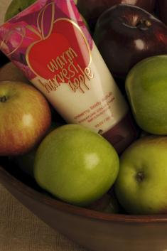 BATH & AND BODY WORKS WARM HARVEST APPLE CREAMY BODY SCRUB 9.5 OZ.