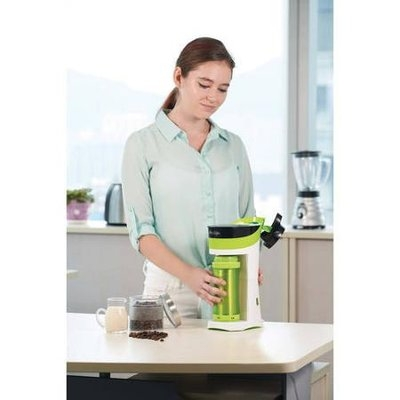 Mr. Coffee - Brew Pour And Go Single-serve Coffeemaker - Green