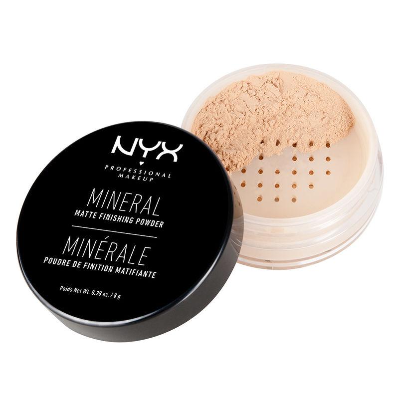 NYX Mineral Finishing Powder