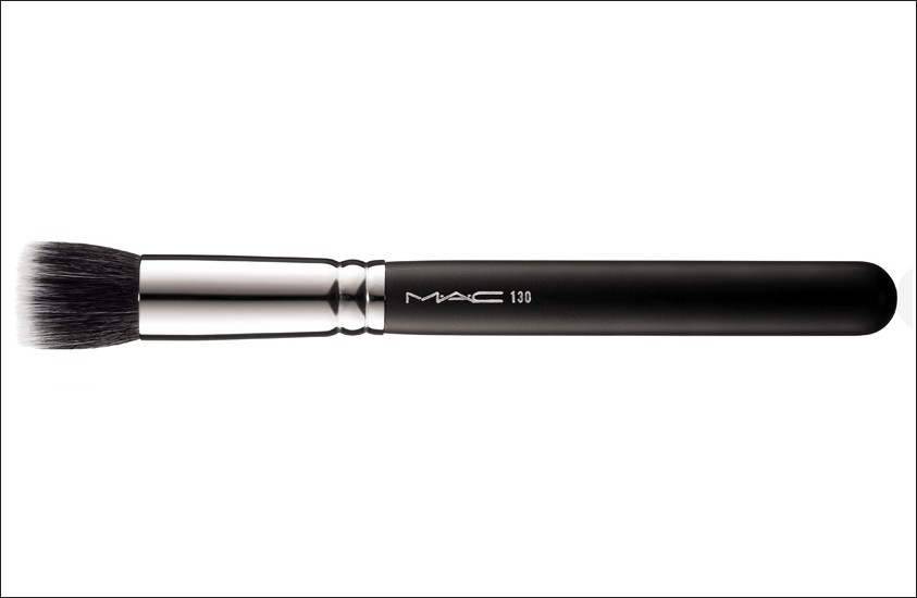 MAC Cosmetics #130 Short Duo Fibre Brush