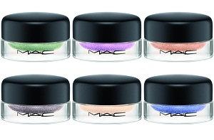 M.A.C Cosmetics Soft Serve Eyeshadow