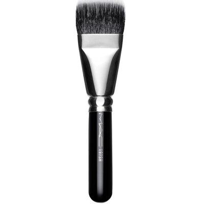 M.A.C Cosmetics 197 Synthetic Duo Fibre Square Brush