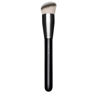 M.A.C Cosmetics 170 Synthetic Rounded Slant Brush