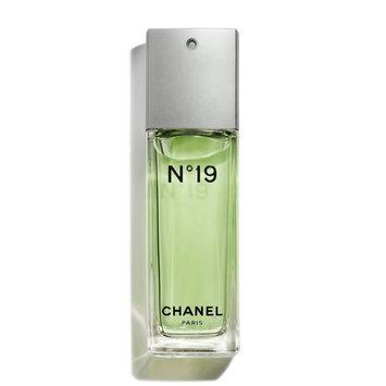 CHANEL N°19 Eau De Toilette Spray