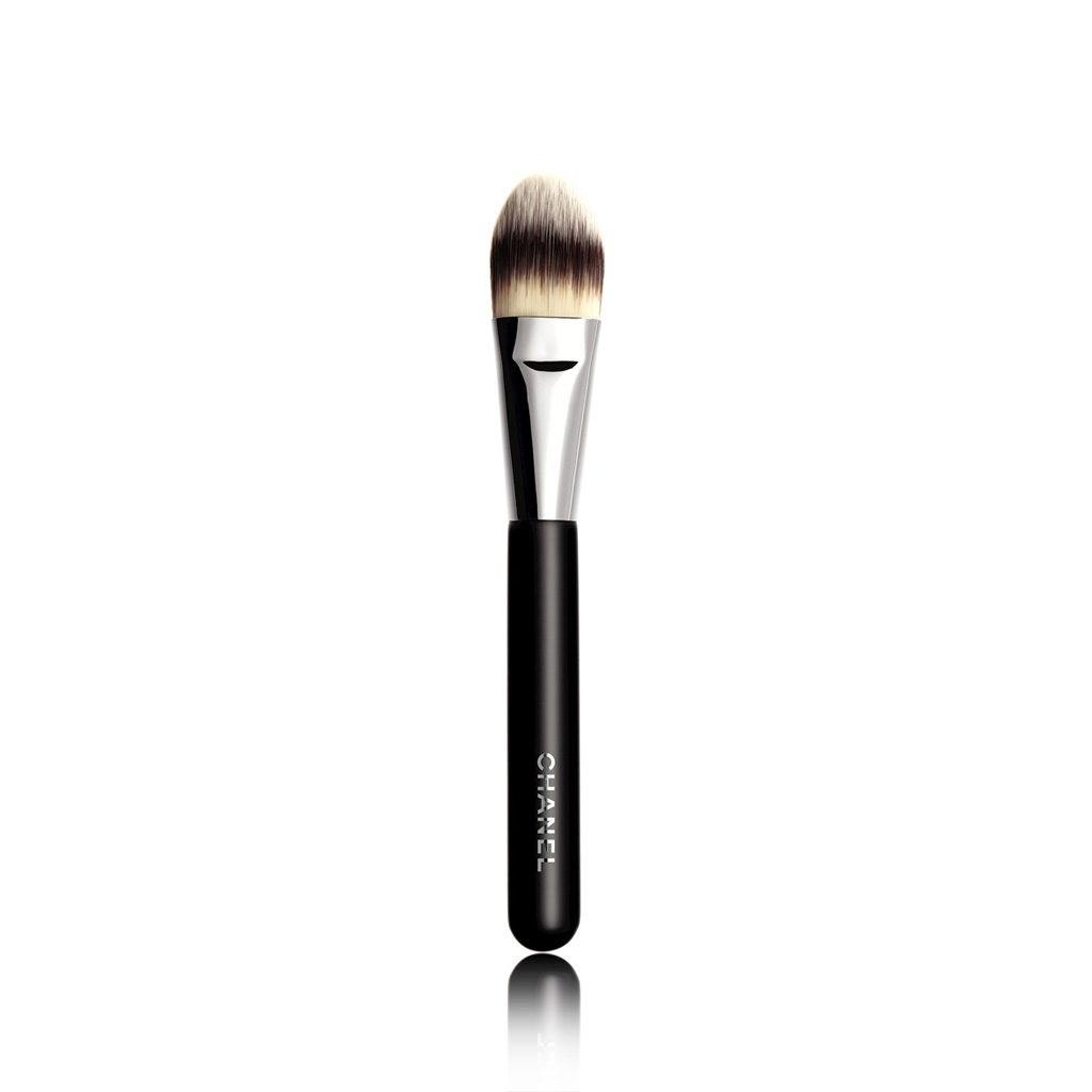 CHANEL Pinceau Fond De Teint N°6 Foundation Brush 6