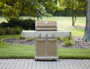 550 Series 3 Burner Dual Fuel Champagne Gas Grill